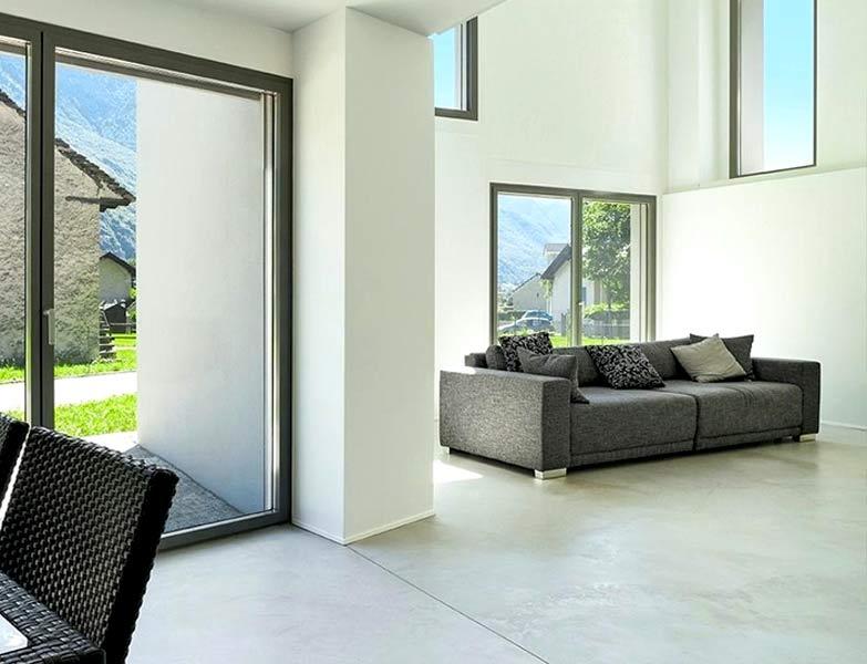 Menuiserie extérieure : Nous vous proposons nos services pour vos ouvertures bois, PVC et aluminium comme la pose de portes, fenêtres, baies coulissantes …